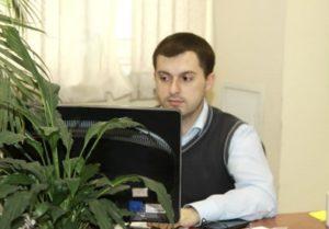 Вадим - налоговый консультант